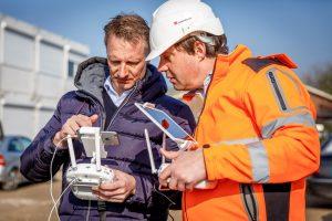 Robert Peek (links) en Steven Verver van ZXY Builders. (C) Roel Dijkstra Fotografie / Foto Fred Libochant
