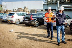 Robert Peek (rechts) en Steven Verver van ZXY Builders.  (C) Roel Dijkstra Fotografie / Foto Fred Libochant