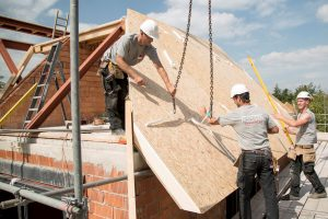 De UNIFIT-dakelementen zijn eenvoudig aan te brengen op de onderconstructie.