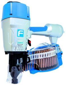 De coilspijkermachine kan vele spijkers achter elkaar verwerken. (Foto: Beck Fastener Group)